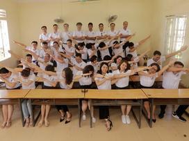 Lớp cấp 2 ở Nghệ An họp mặt sau 20 năm ra trường vẫn gần đủ sĩ số