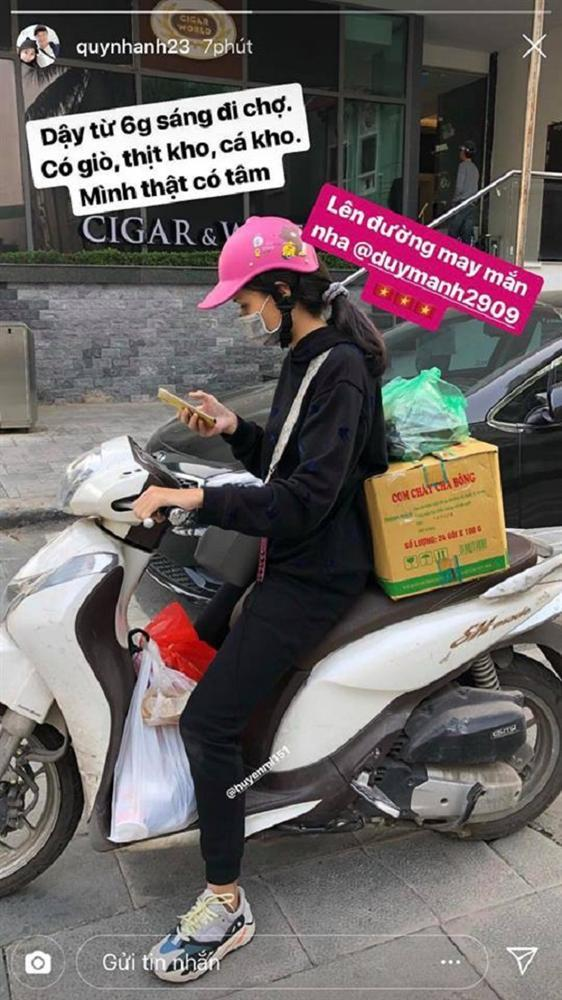 Chuyện tình ngọt ngào với những bóng hồng xinh đẹp của 5 cực phẩm đội tuyển Việt Nam-2