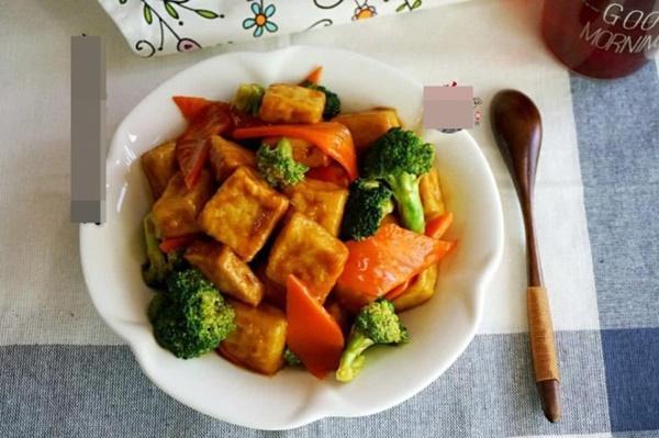 Đậu phụ sốt súp lơ, cà rốt: Món ngon không ngấy cho bữa cơm chiều-8