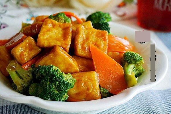 Đậu phụ sốt súp lơ, cà rốt: Món ngon không ngấy cho bữa cơm chiều-9