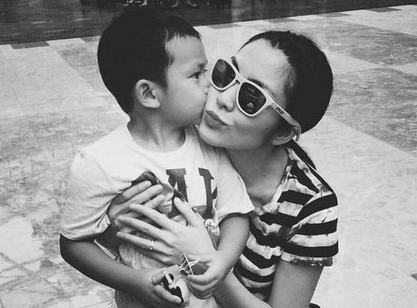 Giữ kín đã nhiều năm, Hà Tăng lần đầu phô bày toàn bộ cuộc sống của bà mẹ bỉm sữa sau cánh cửa hào môn-1