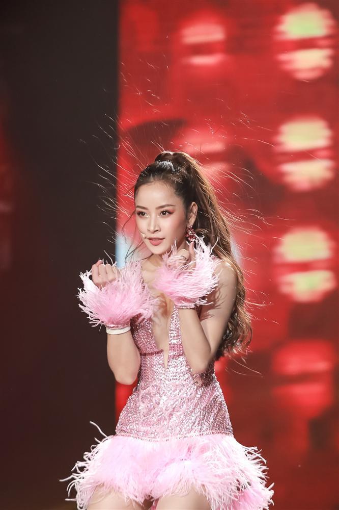 Vũ đạo nóng bỏng hát live hay bất ngờ, Chi Pu bị nghi ngờ hát nhép-6