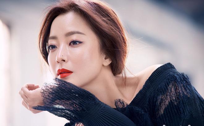Cha của nữ diễn viên Kim Hee Sun đột ngột qua đời-1