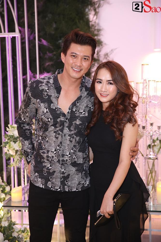Dàn khách mời nô nức tới dự tiệc cưới của Ưng Hoàng Phúc - Kim Cương-2