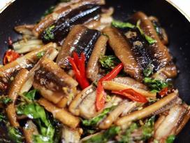 CẢNH BÁO: Ăn lươn theo cách này chẳng mấy chốc mà ngộ độc, thay đổi ngay kẻo hối hận không kịp