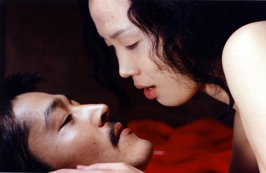 Đời cay đắng của mỹ nhân đóng cảnh sex thật trên phim: Bị đất nước tẩy chay, lưu vong 20 năm xứ người và chết trong cô độc-3