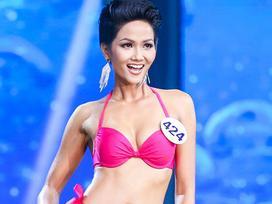 Hé lộ bí quyết giữ thân hình BỐC LỬA, vạn người MÊ TÍT của hoa hậu H'Hen Niê