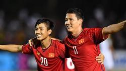 Phan Văn Đức ghi bàn nâng tỷ số lên 2-1 cho Việt Nam trước Philippines