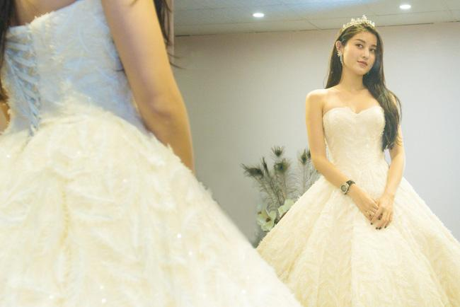 Lộ ảnh mặc váy cưới gây sốt của Á hậu Huyền My giữa nghi án chia tay thiếu gia đình đám Hà thành-3