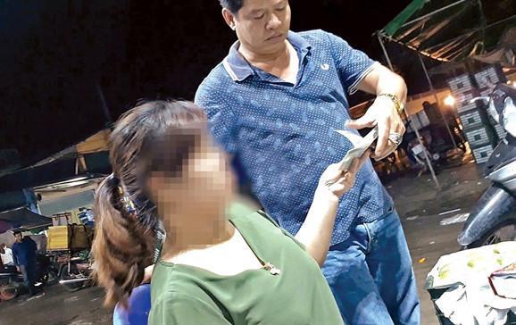 Điều tra bảo kê ở chợ Long Biên, 2 nữ nhà báo bị dọa giết cả nhà-1