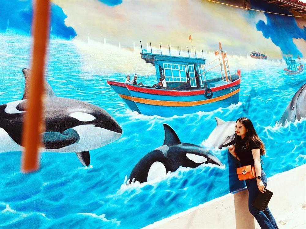 Check- in ngôi làng bích họa đẹp mộng mơ ở Quảng Bình-2