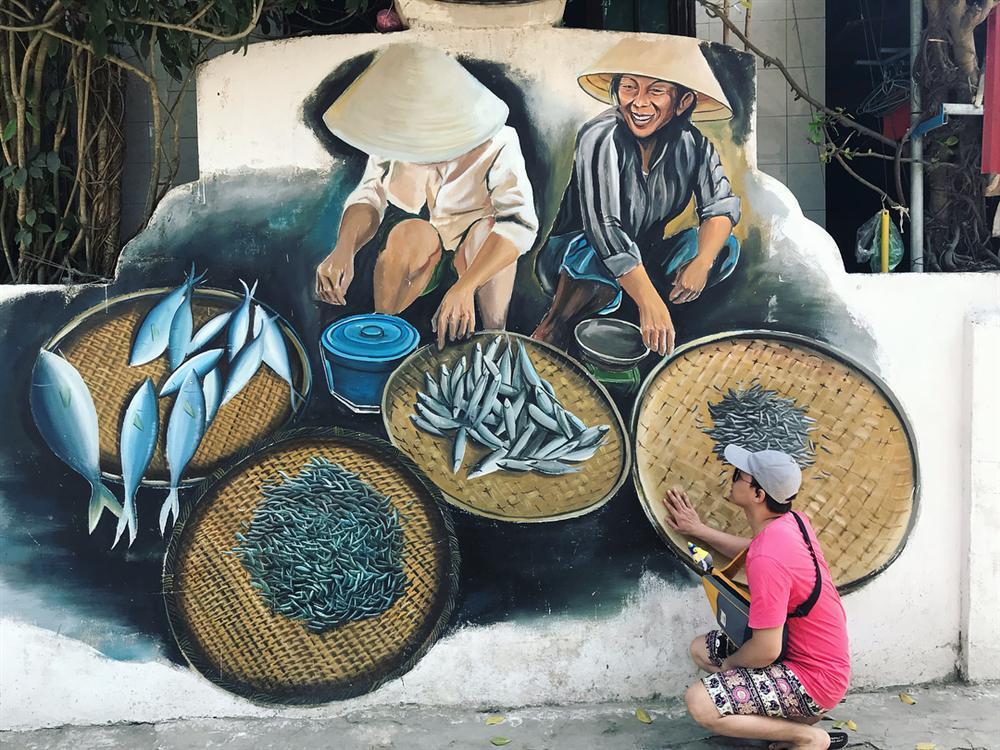 Check- in ngôi làng bích họa đẹp mộng mơ ở Quảng Bình-5
