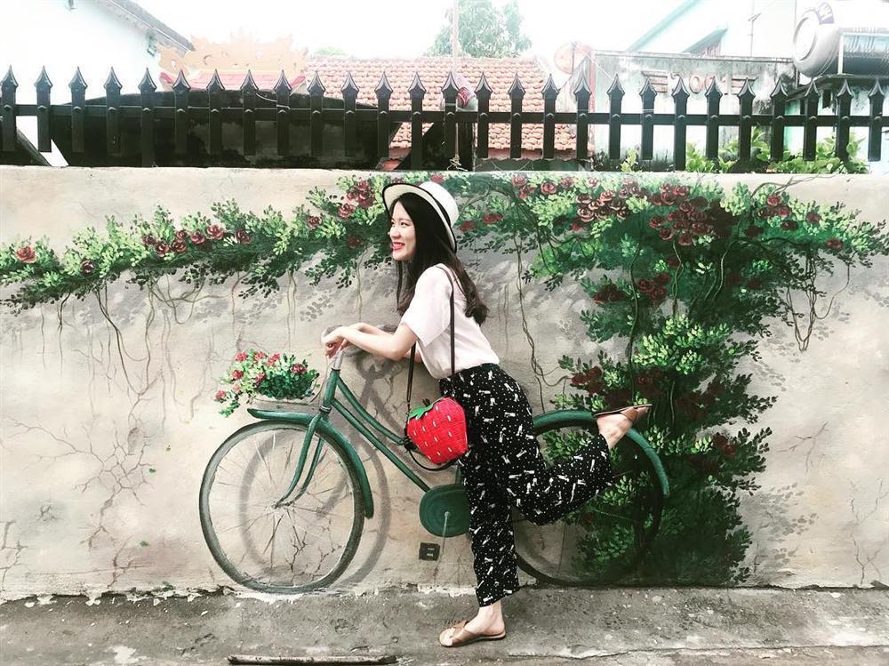 Check- in ngôi làng bích họa đẹp mộng mơ ở Quảng Bình-10