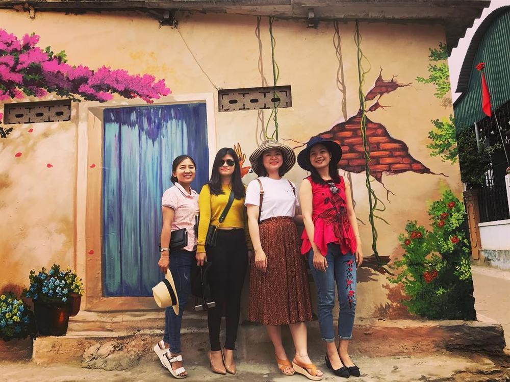 Check- in ngôi làng bích họa đẹp mộng mơ ở Quảng Bình-8