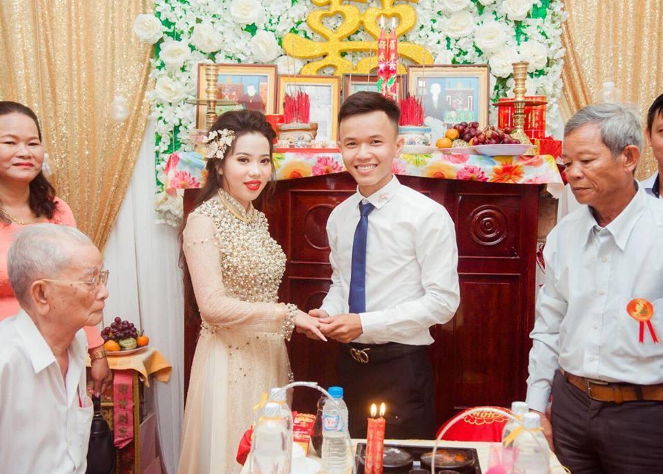Chàng trai 9X cưới được vợ đẹp nhờ một lần like dạo-3