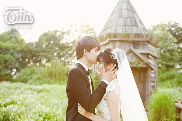 Studio làm ảnh không có tâm, cô dâu nhanh trí tự vẽ ảnh cưới khiến hôn lễ độc đáo ngoài sức tưởng tượng-8