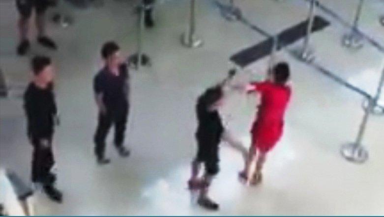 Nữ nhân viên bị đánh: Vì sao an ninh sân bay Thanh Hoá bị phạt?-1