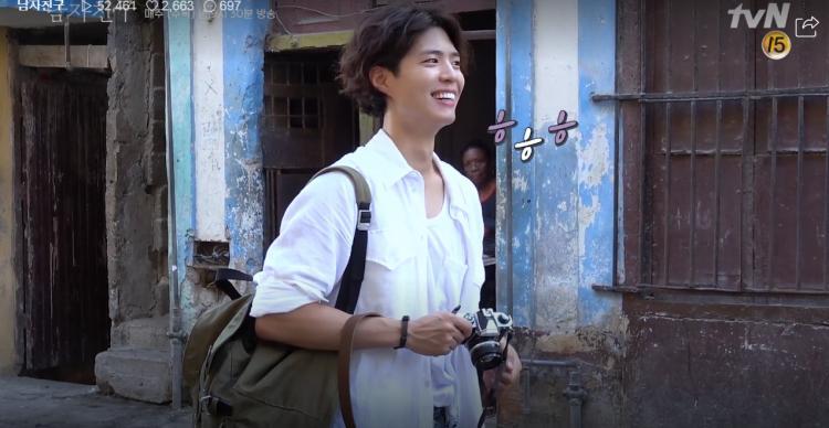 Encounter tung clip hậu trường ở Cuba: Park Bo Gum nghịch ngợm, Song Hye Kyo sang chảnh nhưng thân thiện-5