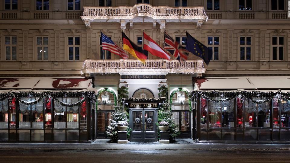 Du lịch quanh thế giới, đón Giáng sinh trong những khách sạn nổi tiếng-3