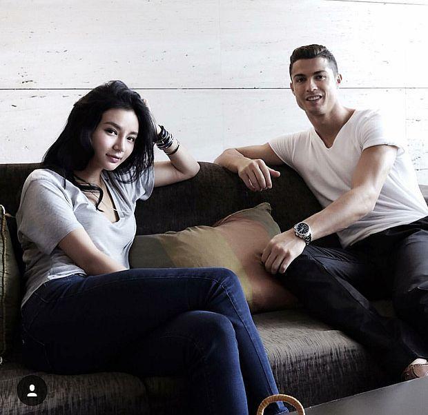 Nhà không có gì ngoài điều kiện: Con gái tỷ phú Singapore sống trong nhung lụa, cực thân Ronaldo và thiếu gia Tân Hoàng Minh-7