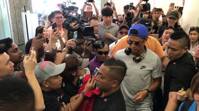 Nhà không có gì ngoài điều kiện: Con gái tỷ phú Singapore sống trong nhung lụa, cực thân Ronaldo và thiếu gia Tân Hoàng Minh-8