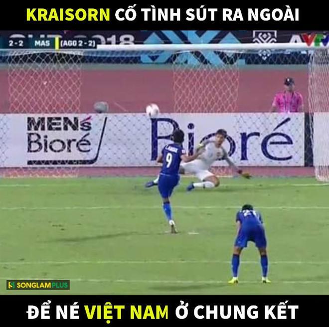 Ảnh chế tạm biệt Thái Lan và pha penalty lên trời để né Việt Nam-2