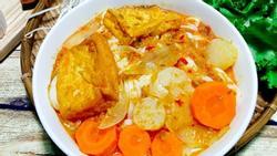 Cách nấu mì Quảng chay đơn giản cho ngày đầu tháng