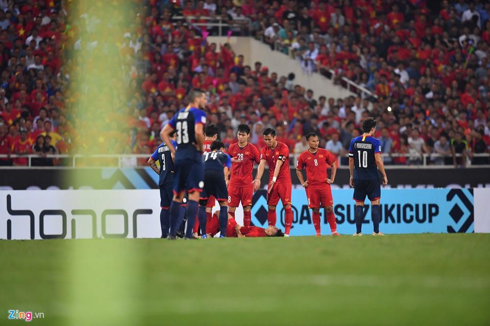 Cứ ra sân là bị kèm cặp, chơi xấu nhưng Quang Hải vẫn tỏa sáng ghi bàn dạy các cầu thủ đội bạn một bài học-4