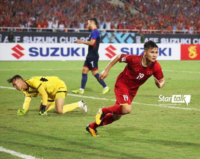 Cứ ra sân là bị kèm cặp, chơi xấu nhưng Quang Hải vẫn tỏa sáng ghi bàn dạy các cầu thủ đội bạn một bài học-8