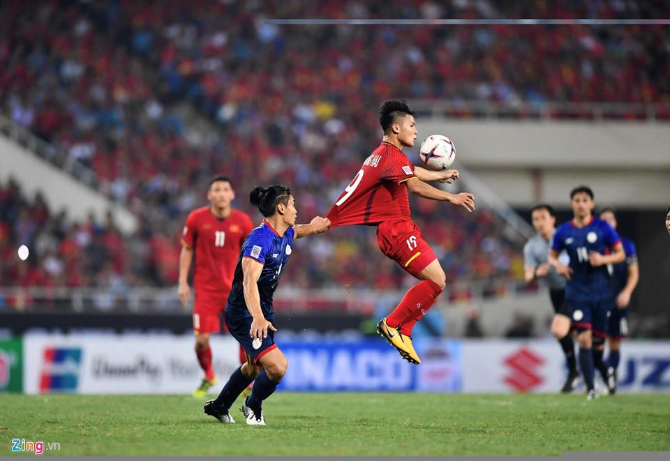 Cứ ra sân là bị kèm cặp, chơi xấu nhưng Quang Hải vẫn tỏa sáng ghi bàn dạy các cầu thủ đội bạn một bài học-7