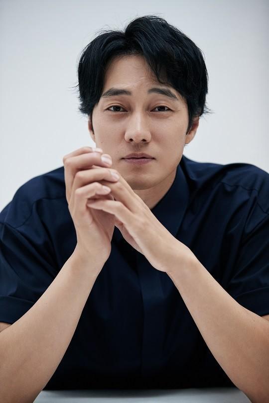 7 nam diễn viên có catse phim truyền hình cao nhất Hàn Quốc 2018: Song Joong Ki - Lee Jong Suk đứng đầu-2