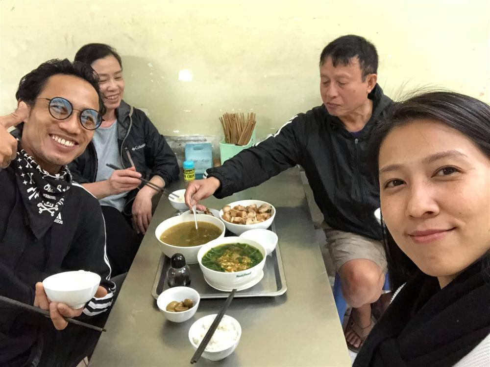 Hơn nửa năm sau scandal tố Phạm Anh Khoa gạ tình, Phạm Lịch xin lỗi vợ rocker vì trót nói ra sự thật-3