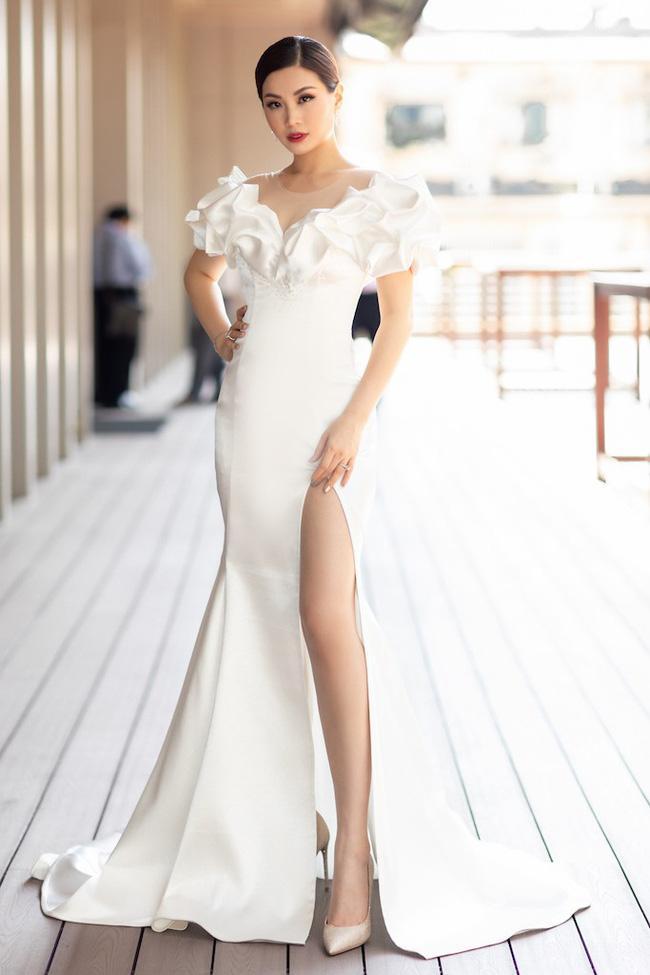 Đông Nhi thoát kiếp mặc xấu - Hương Giang Idol đẹp lu mờ người xung quanh với trang sức tiền tỷ-7