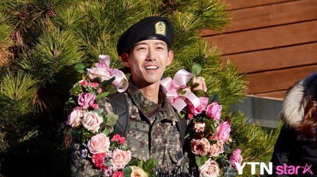 Chị đại U50 Kim Hye Soo khoe nhan sắc trẻ đẹp khó tin trong bộ ảnh mới-6