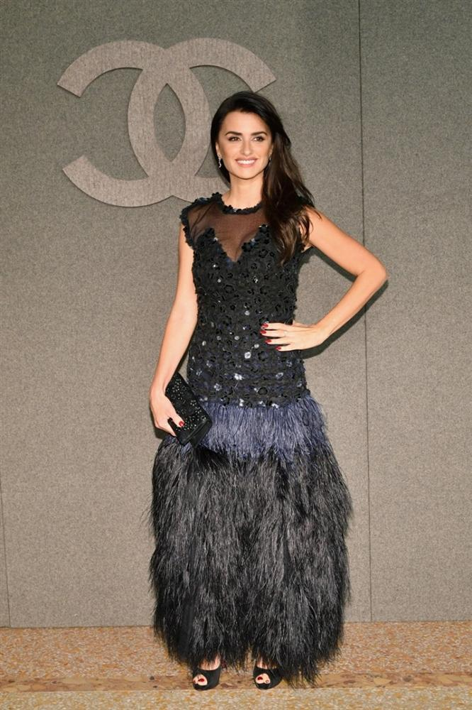 Hoa đán Châu Tấn lạ lẫm cá tính trong kiểu tóc ngắn tại show Chanel ở New York-6