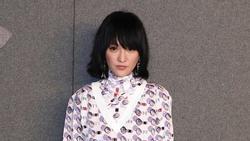 Hoa đán Châu Tấn 'lạ lẫm' cá tính trong kiểu tóc ngắn tại show Chanel ở New York