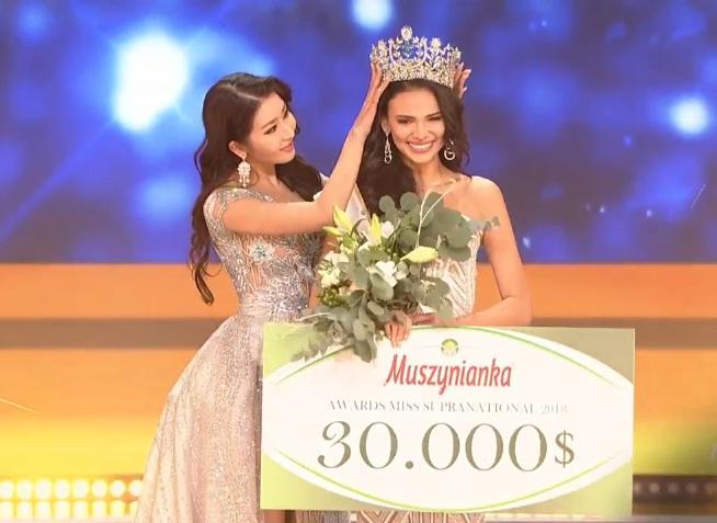 SHOCK: Minh Tú trượt top 5, người đẹp Puerto Rico bất ngờ đăng quang Hoa hậu Siêu quốc gia 2018-9