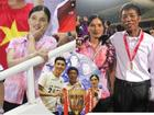 Luôn mặc một chiếc áo giản dị đi cổ vũ con trai ở khắp các đấu trường, mẹ Đoàn Văn Hậu khiến fan đau đầu đoán nguyên nhân