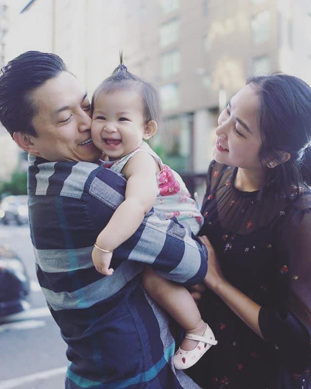 Ít khi khoe hình, nhiều người bất ngờ con gái ca sĩ Lam Trường mới 2 tuổi thôi mà đã có tướng mỹ nhân tương lai rồi-12