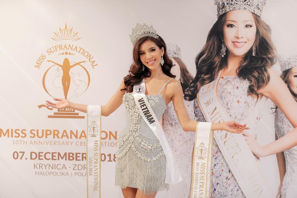 TIN VUI: Trượt top 5 nhưng Minh Tú vẫn được trao vương miện hoa hậu tại Miss Supranational 2018-4