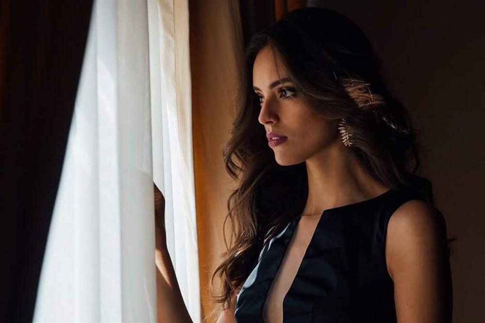 Nhan sắc nghiêng nước nghiêng thành của người đẹp Mexico vừa đăng quang Hoa hậu Thế giới 2018-5