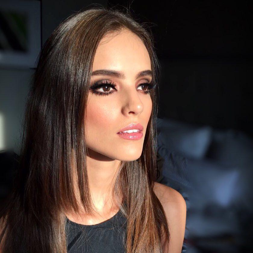 Nhan sắc nghiêng nước nghiêng thành của người đẹp Mexico vừa đăng quang Hoa hậu Thế giới 2018-10