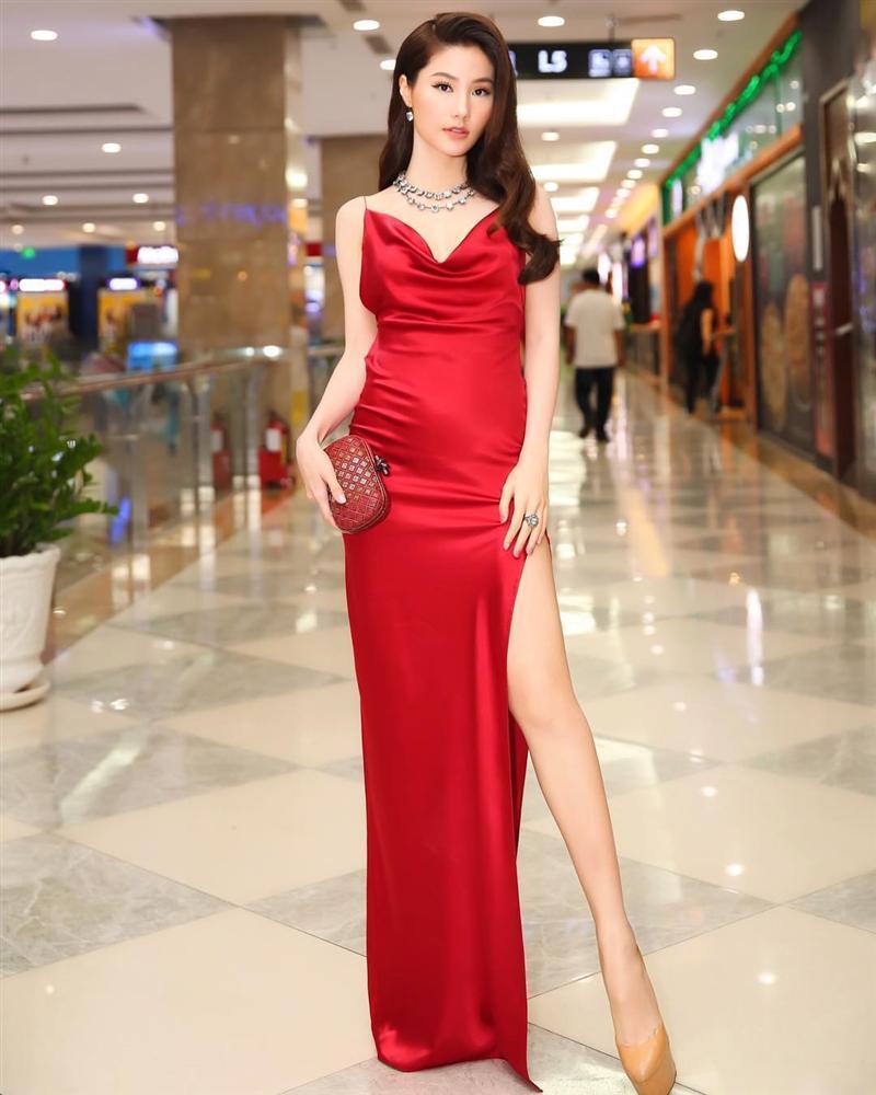 Diễm My 9x, Hồ Ngọc Hà, Đỗ Mỹ Linh nên đốt hết mẫu váy biến mình thành bà bầu này ngay!-2