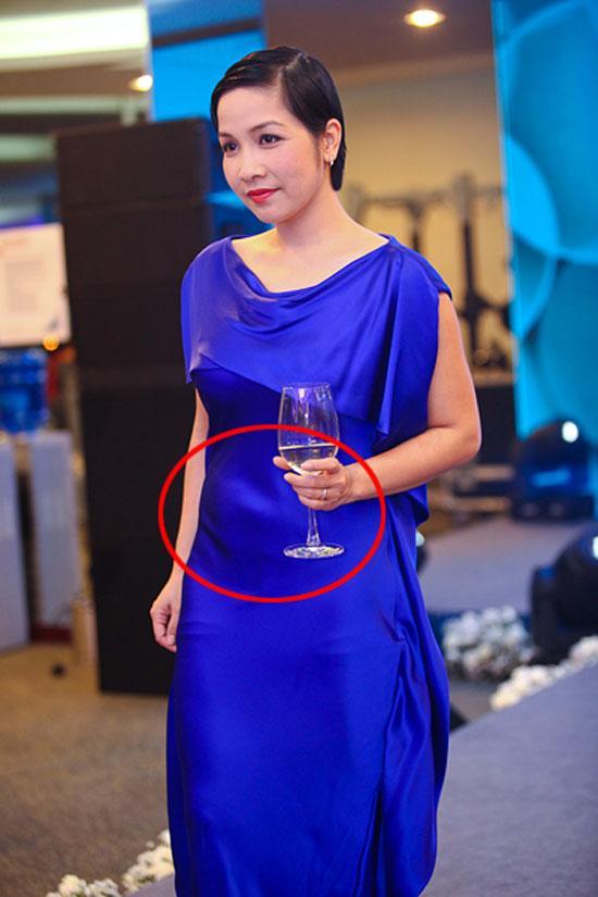 Diễm My 9x, Hồ Ngọc Hà, Đỗ Mỹ Linh nên đốt hết mẫu váy biến mình thành bà bầu này ngay!-9