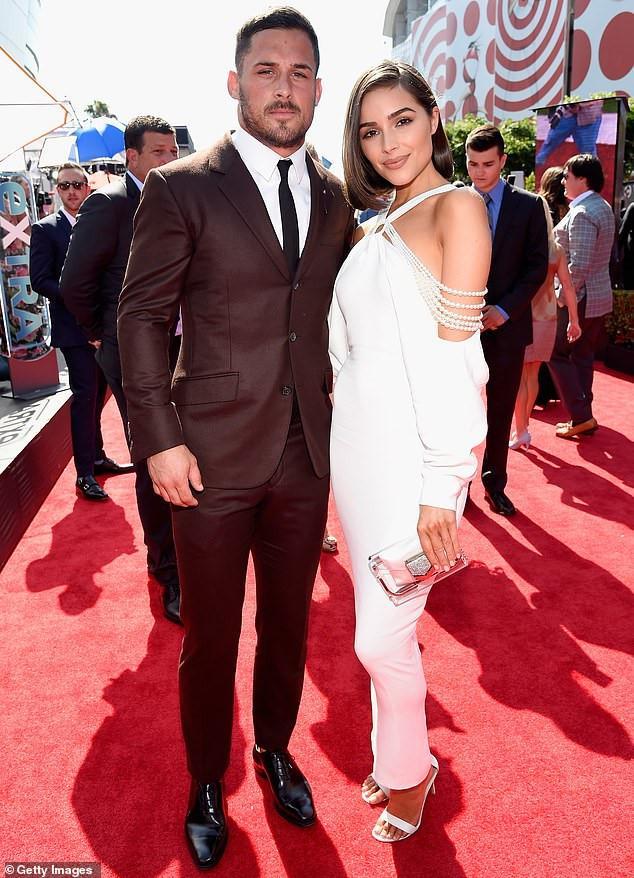Những chuyện tình tan rã của các cặp sao Hollywood trong năm 2018-8
