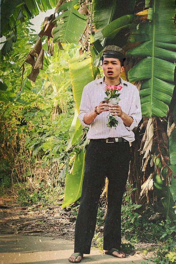 Loạt ảnh chế các tuyển thủ Việt Nam tranh thủ về quê bên vườn chuối, bờ ao tương tư như những chàng thơ gây sốt-4