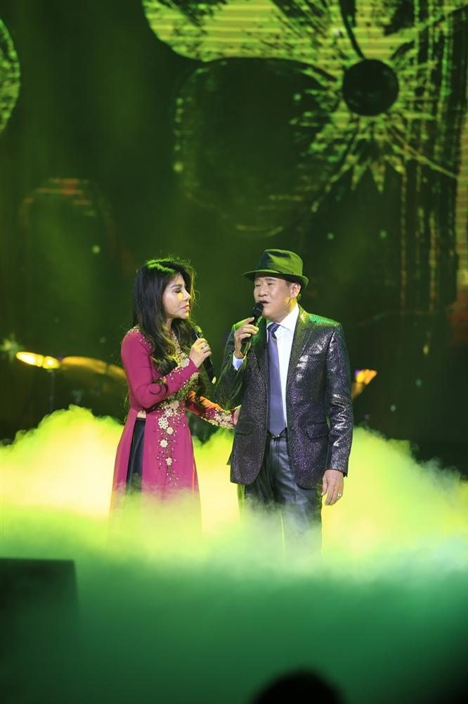Phượng hoàng nhạc vàng Tuấn Vũ tái hiện nhiều bản bolero bất hủ trong 4 giờ đồng hồ liên tục-3