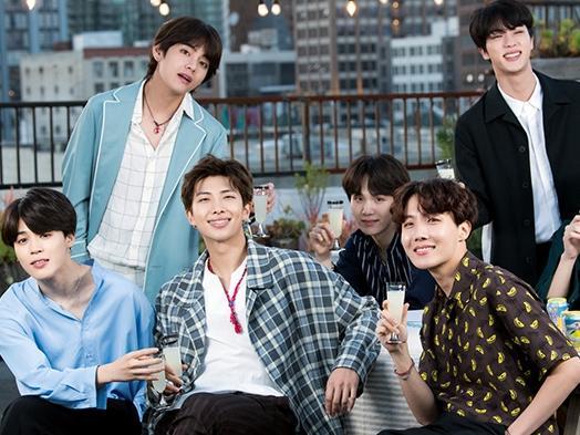 BTS gặp tai nạn ở Đài Loan vì bị fan cuồng rượt đuổi