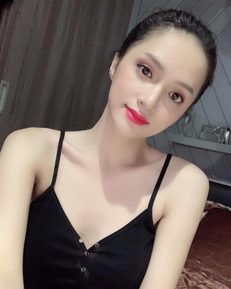 tin-sao-viet-huong-giang-idol.jpg