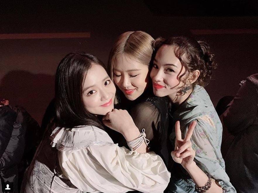 Chị đẹp Son Ye Jin liều lĩnh khoe nhan sắc mộc mạc trên sóng truyền hình-5